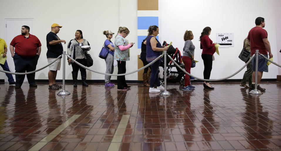 early voting lines voters polling place