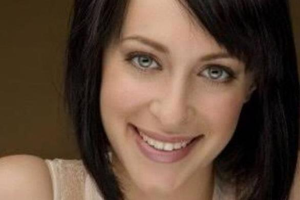Jessica Falkholt starred in Australian soap Home and Away (jackson_heywood Instagram)