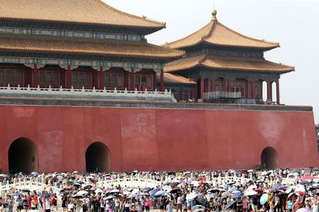 China's tourists cut back foreign travel over 'Golden Week', choose patriotic destinations at home