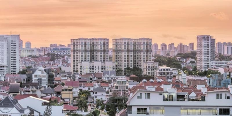 <p><img/></p>A real estate industry body believes that private condos in some parts of Singapore could become more expensive after the government raised the average unit size...