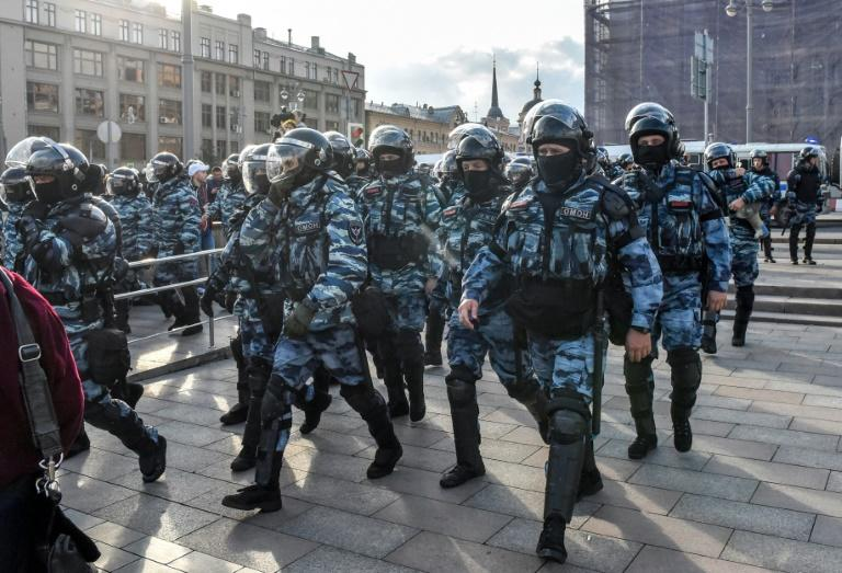 Hundreds of protesters were detained at a major rally in Moscow on Saturday after a major rally on almost 1,400 were held at a protest late last month
