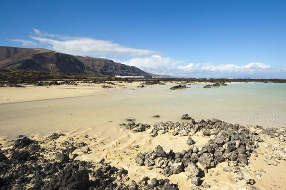 British mum drowns in front of family in Lanzarote