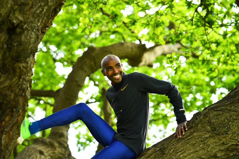 Farah to run as top-class pacemaker for London Marathon in October
