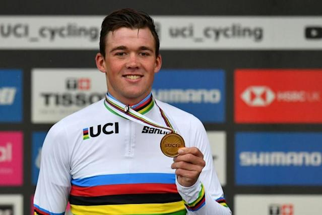 Mads Pedersen goes home with a gold medal and the rainbow jersey (AFP Photo/BEN STANSALL)