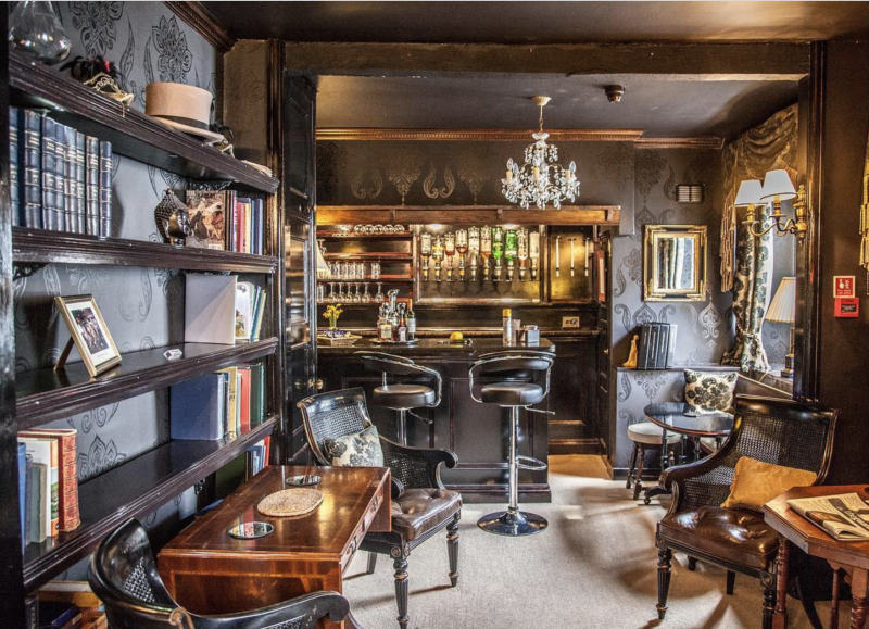 The beautiful bar and library at Jeakes House Hotel [Photo: Jeakes House Hotel]