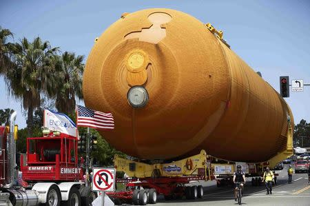The space shuttle Endeavour's external fuel tank ET-94 makes its way to the California Science Center in Exposition Park in Los Angeles, California, U.S. May 21, 2016. REUTERS/Lucy Nicholson