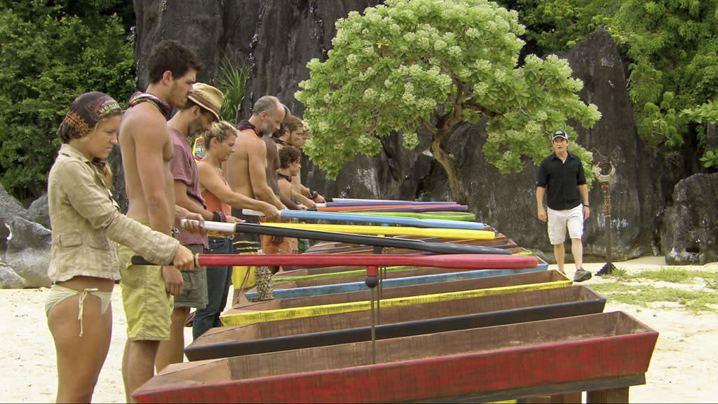 """Jeff Probst explains the Immunity Challenge to the remaining survivors in the """"Survivor: Philippines"""" episode, """"Little Miss Perfect."""""""
