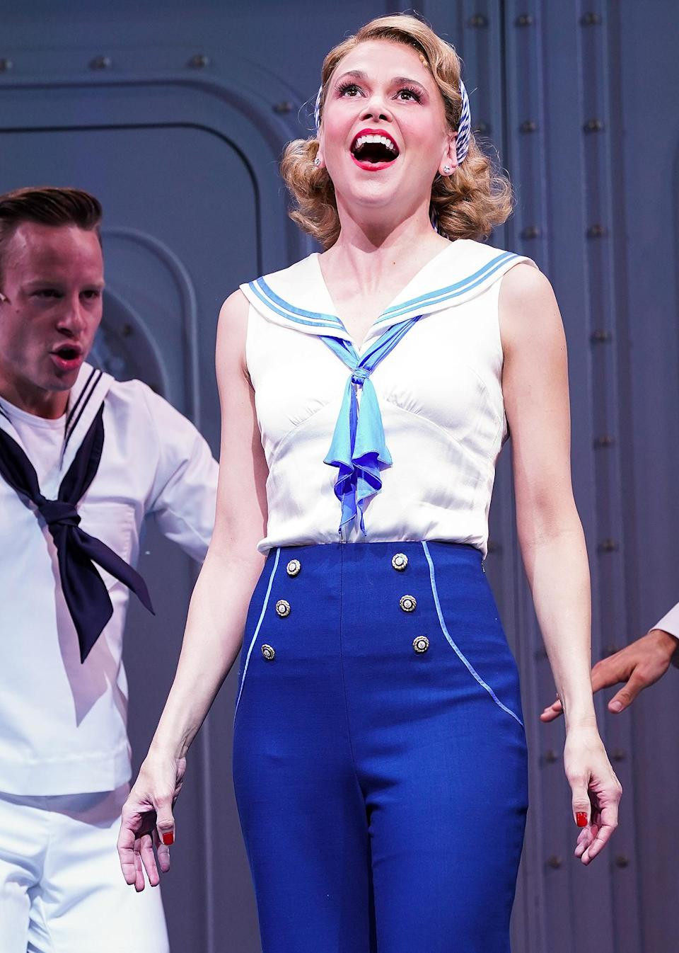 <p>Sutton Foster takes center stage at the photocall for the musical <em>Anything Goes</em> on July 28 before the production opens at the Barbican Theatre in London.</p>