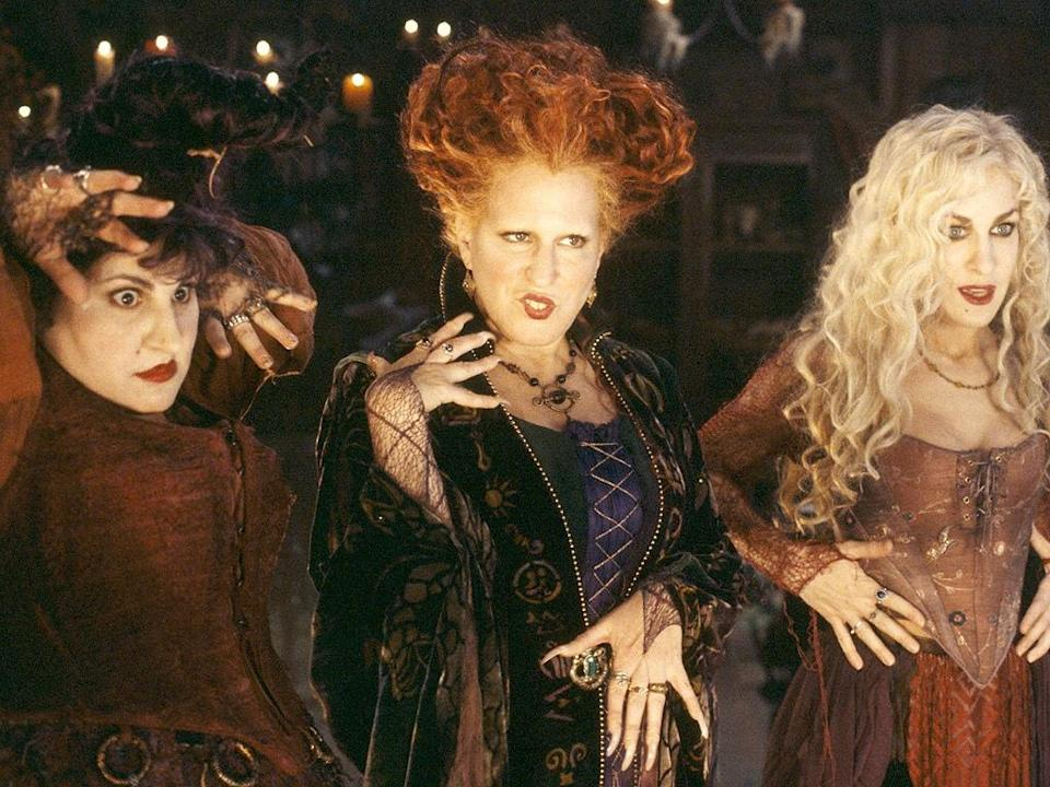 """This woman's transformation into all three """"Hocus Pocus"""" witch sisters is enchanting"""