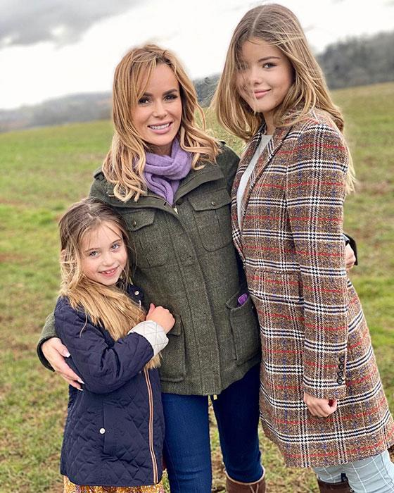 amanda-holden-and-her-daughters