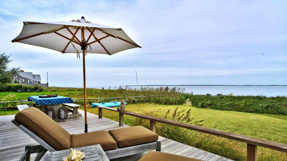 Kim Cattral vende su casa en los Hamptons (Sotheby's International Realty)