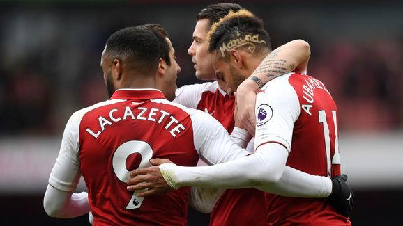 Nowadays, with the rise of social media and their increased marketability, footballers ​can put as much effort into maintaining a specific look as they do when they're on the pitch. Every week it seems the likes of Paul Pogba or Tiemoue Bakayoko will be sporting a new barnet (while Hector Bellerin refuses to cut his, against all sense). And as Arsenal faced off against Stoke at the weekend, it seemed the Gunners' new boy Aubameyang had indulged his vanity, deciding to don a fancy new do....