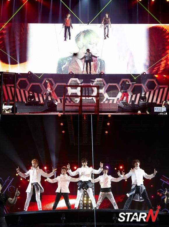 SHINee's concert in Singapore successfully finished