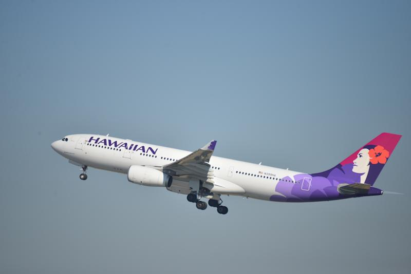 Hawaiian Airlines attendant who died during flight ID'd as longtime employee