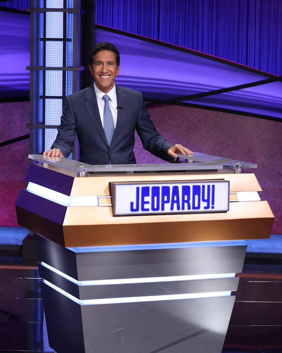 """Dr. Sanjay Gupta takes his turn guest-hosting """"Jeopardy!"""""""