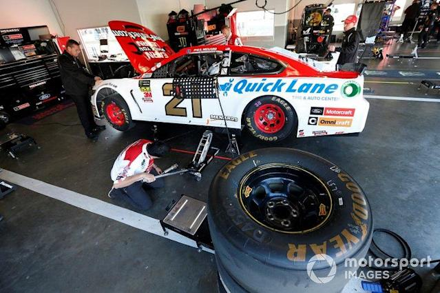 "Paul Menard, Wood Brothers Racing, Ford Mustang Motorcraft / Quick Lane Tire & Auto Center <span class=""copyright"">Matthew T. Thacker / NKP / LAT Images</span>"
