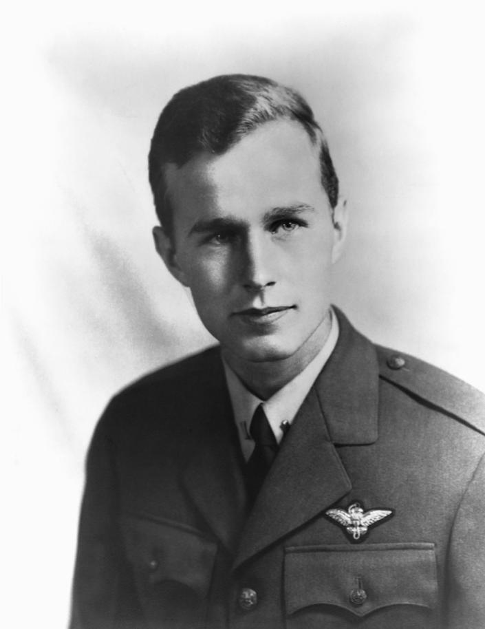 <p>George Bush served in the U.S. Navy from June 1942 to September 1945, rising to the rank of lieutenant. (Photo: Corbis) </p>