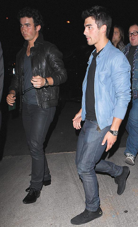 "Kevin and Joe Jonas hit up the show together without their younger bro Nick, who is currently starring in ""Les Miserables"" on the London stage. Maciel/<a href=""http://www.x17online.com"" target=""new"">X17 Online</a> - July 12, 2010"