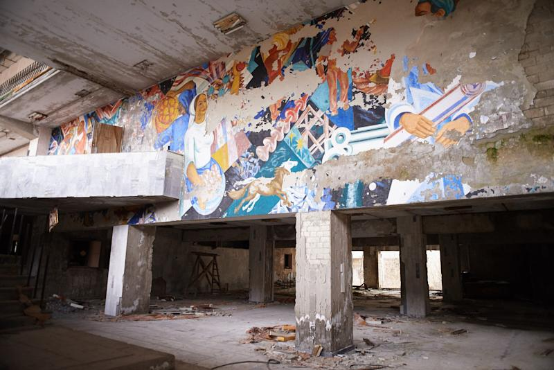 "Wall painting in abandoned the building of culture ""Energetic"" in the Pripyat, near the Chernobyl nuclear power plant in the Exclusion Zone, Ukraine. (Photo: Vitaliy Holovin/Corbis via Getty images)"