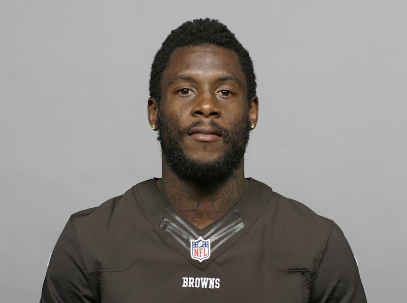 browns release troubled wr davone bess