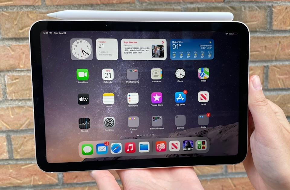 Apple's latest iPad mini gets a serious power improvement and larger display, but you'll have to pay more for the upgrade compared to the previous generation mini. (Image: Howley)