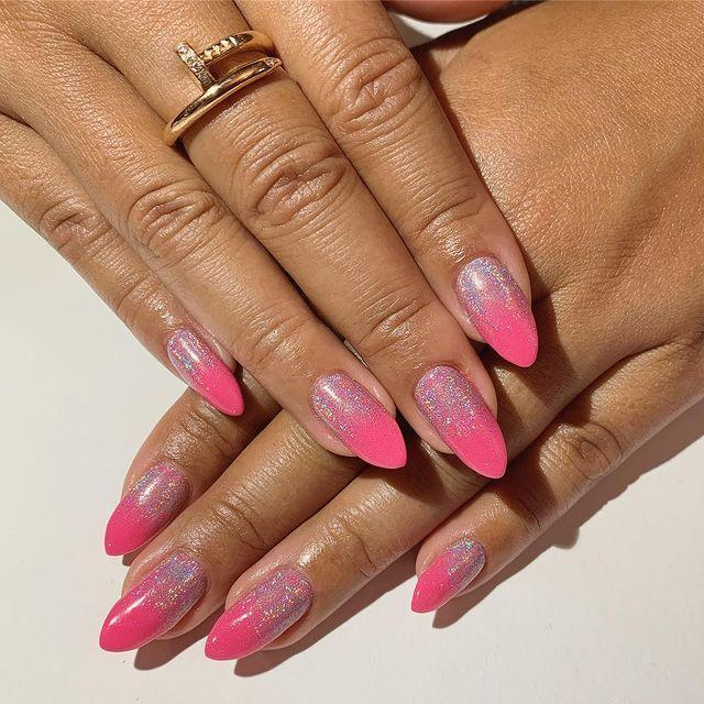 """<p>Reverse your traditional glitter ombre for nails worthy of any '00s music video.</p><p><a href=""""https://www.instagram.com/p/Buz5A-FAAqf/?utm_source=ig_embed"""" rel=""""nofollow noopener"""" target=""""_blank"""" data-ylk=""""slk:See the original post on Instagram"""" class=""""link rapid-noclick-resp"""">See the original post on Instagram</a></p>"""