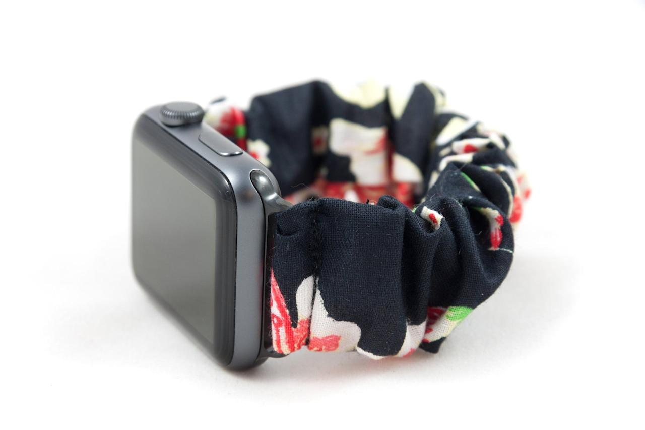20 Absolutely Adorable Scrunchie Bands
