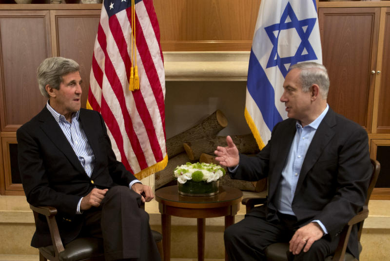 U.S. Secretary of State John Kerry, left, meets with Israeli Prime Minister Benjamin Netanyahu in Jerusalem on Thursday, June 27, 2013. Kerry is in Israel for the fifth time, to make further efforts to resume peace talks between Israel and the Palestinians. (AP Photo/Jacquelyn Martin, Pool)