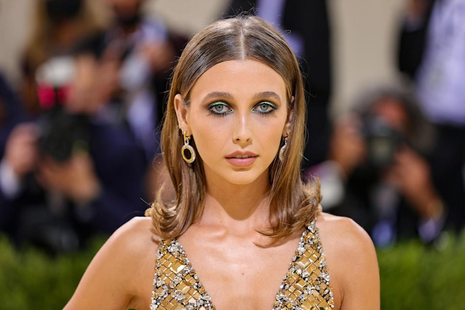 NEW YORK, NEW YORK - SEPTEMBER 13: Emma Chamberlain attends The 2021 Met Gala Celebrating In America: A Lexicon Of Fashion at Metropolitan Museum of Art on September 13, 2021 in New York City. (Photo by Theo Wargo/Getty Images)