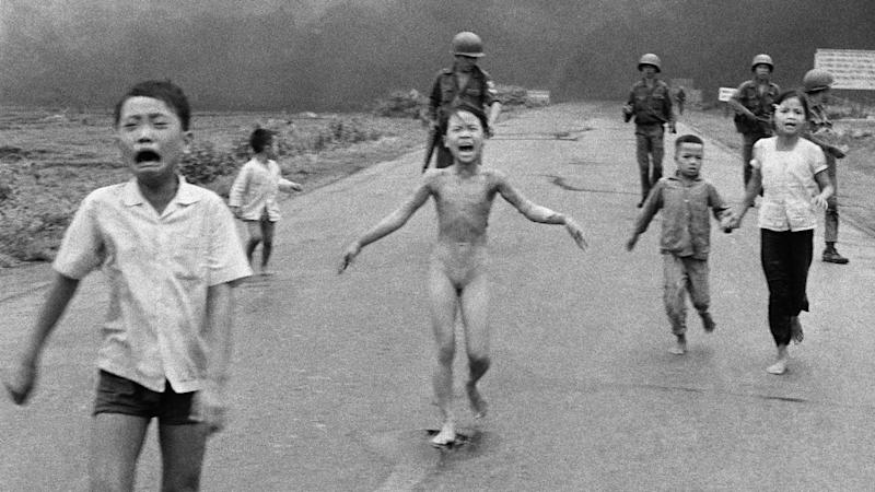 Norway's prime minister has protested Facebook's removal of an iconic 1972 photo from Vietnam.