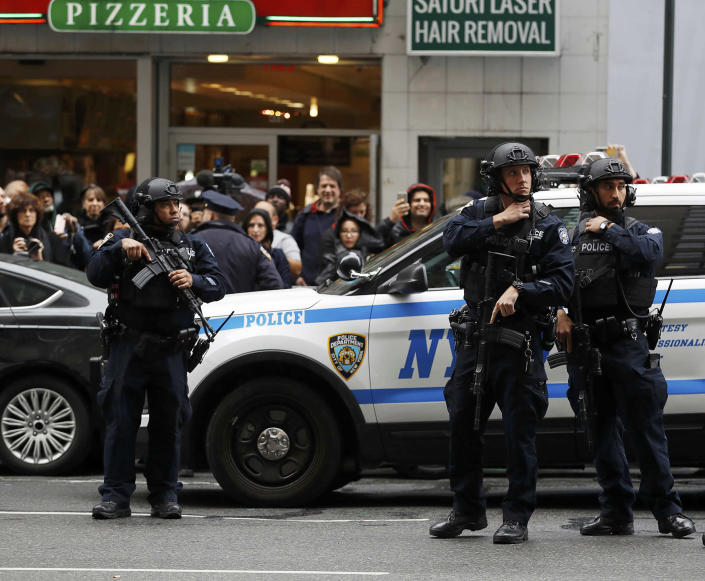 <p>New York City police guard the arrival area of Democratic presidential nominee Hillary Clinton before she addresses her staff and supporters about the results of the U.S. presidential election at a hotel in New York, November 9, 2016. (REUTERS/Lucas Jackson) </p>