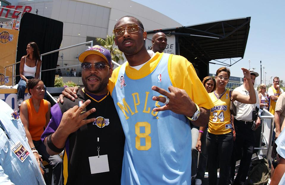 Ice Cube and Kobe Bryant are a pair of Los Angeles legends. (Getty Images)