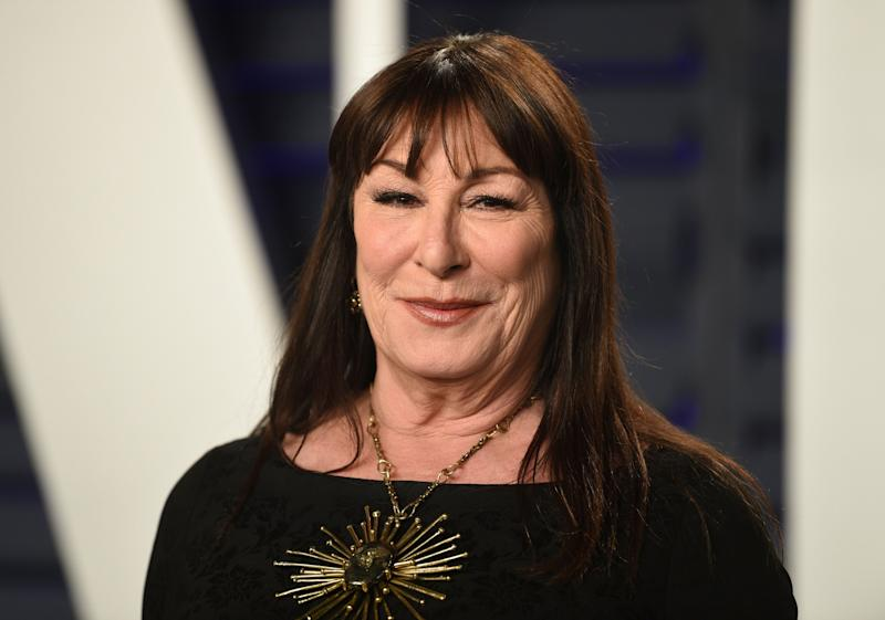 Anjelica Huston arrives at the Vanity Fair Oscar Party on Sunday, Feb. 24, 2019, in Beverly Hills, Calif. (Photo by Evan Agostini/Invision/AP)