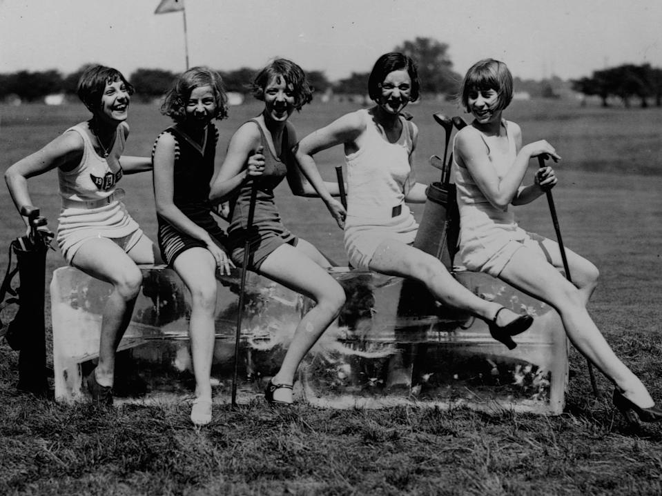 women cool off on ice 1920s