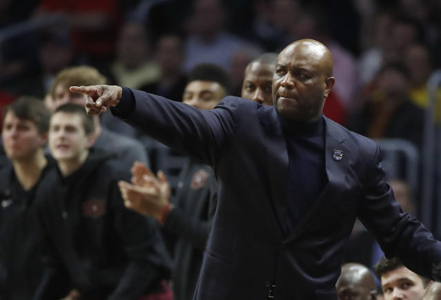Florida State coach Leonard Hamilton gestures during the first half of the team's NCAA men's college basketball tournament regional semifinal against Gonzaga on Thursday, March 22, 2018, in Los Angeles. (AP Photo/Jae Hong)