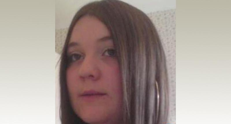 Sarah Handley, 28, died at the scene of the carsh (Picture: Police)