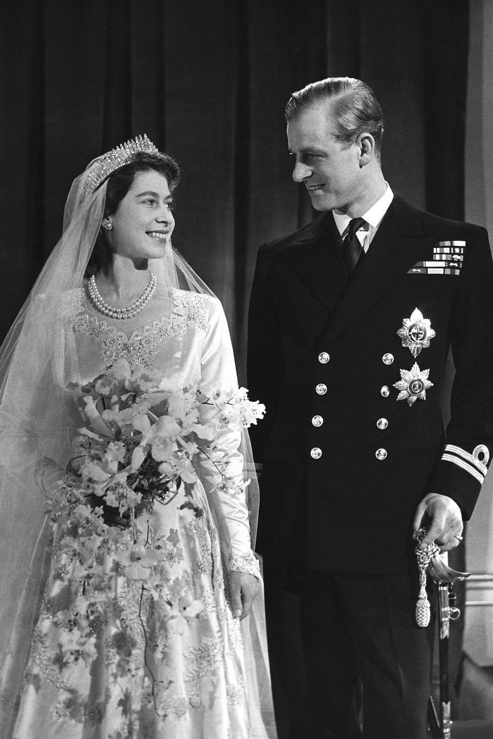 <p>Princess Elizabeth with her husband, Philip, after their marriage in the fall of 1947. </p>