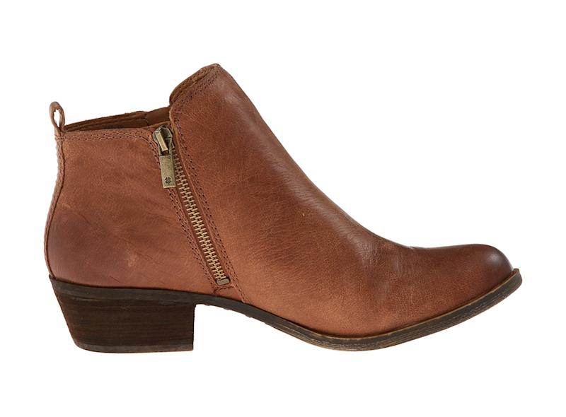 They look rugged, but these boots are lightweight enough to wear all day long. (Photo: Zappos)