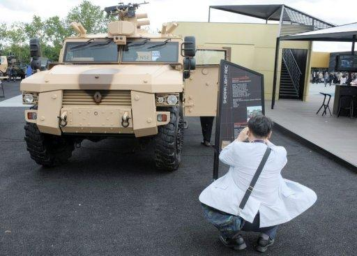 Renault announces deals at Abu Dhabi arms fair