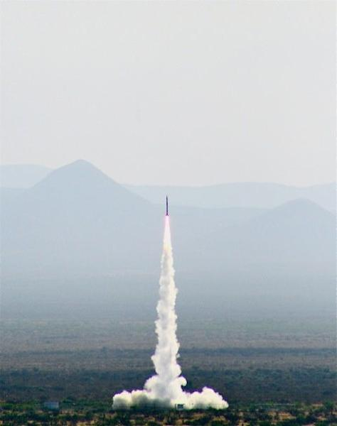 SpaceLoft-5 suborbital rocket speeds into space from New Mexico's Spaceport America.