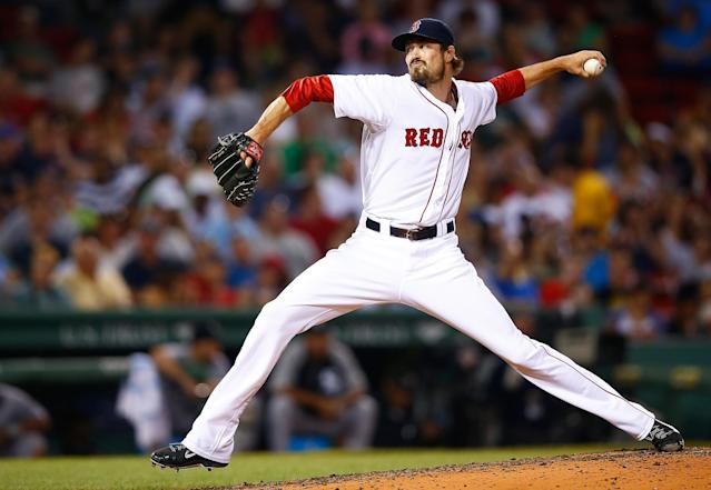 Red Sox trade Andrew Miller to Orioles for pitching prospect Eduardo Rodriguez