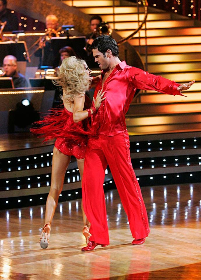 "Chuck Wicks and Julianne Hough perform the Samba to ""Baila, Baila"" by Angela Via feat. Joe Budden on ""Dancing with the Stars."""
