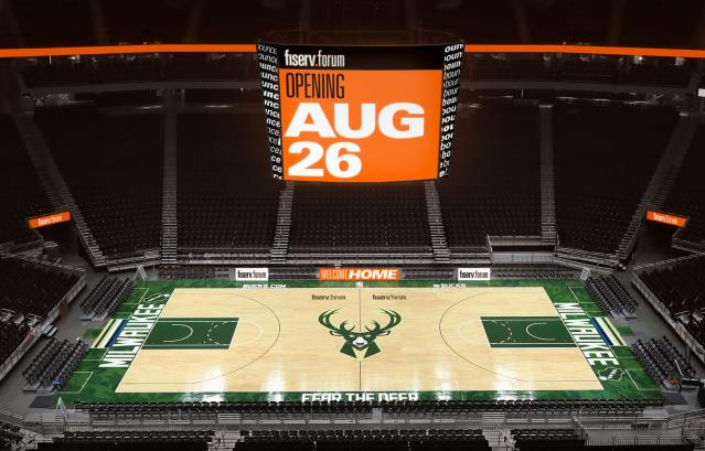 The playing floor at the Fiserv Forum. (Gary Dinen/Milwaukee Bucks)