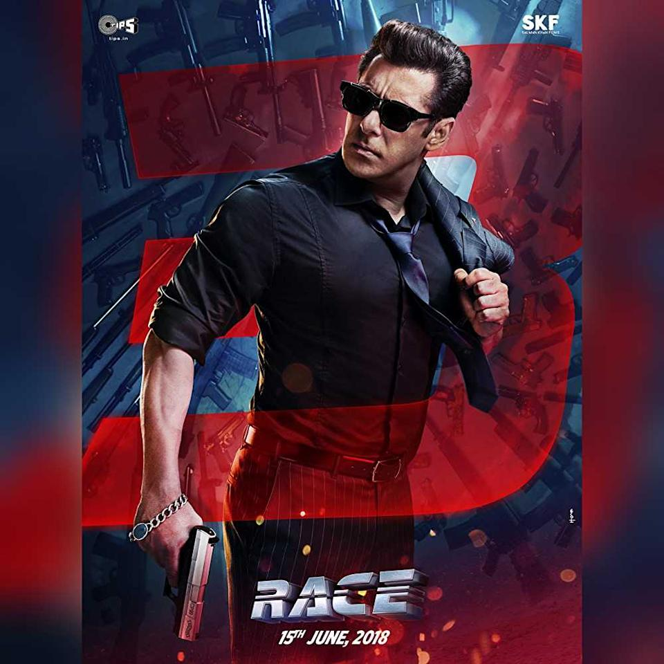 <p>Playing the lead role of Sikander is Salman Khan. In 2016, producer Ramesh Taurani had approached Salman Khan for the movie but Salman refused and asked Ramesh to make some changes in the script. After the changes, it was reported that Salman had agreed to be a part of the film on the condition that Remo D'Souza would be the one to direct the film. </p>