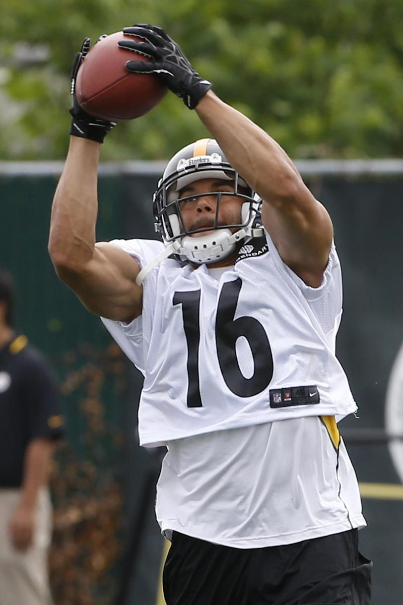 Driven Moore catching on in Pittsburgh
