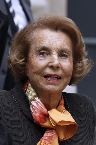 "<div class=""caption-credit""> Photo by: AFP</div><div class=""caption-title"">Liliane Bettencourt</div>Liliane Bettencourt <br> <br> Net worth: $30 billion <br> Country: France <br> Source of wealth: L'Oreal <br> At age 90, Liliane Bettencourt is the world's richest woman, and enters the top ten list of the world's wealthiest people for the first time since 1999. She and her family own over 30% of L'Oreal, which her father founded. <br>"
