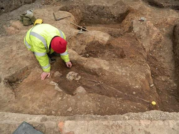 The Roman cemetery unearthed in Leicester, England, included pagan and Christian burials, Here, a Christian burial being excavated.