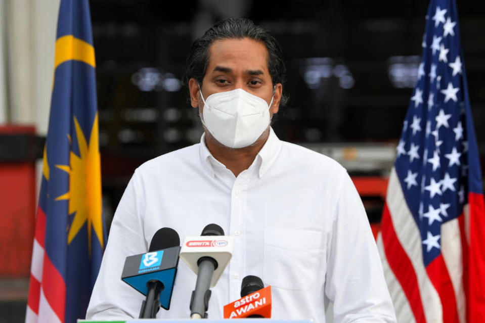 Khairy said there were no links between complaints of empty syringes used for vaccination and the black market sale of vaccines. — Bernama pic