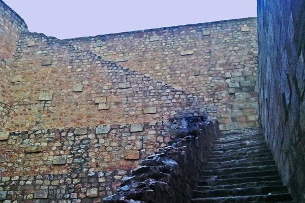 The stepwell in Tughlaqabad