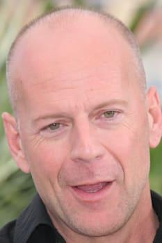 CANNES, FRANCE - MAY 21: Bruce Willis attends a photocall promoting the film 'Over The Hedge' at the Palais during the 59th Inte